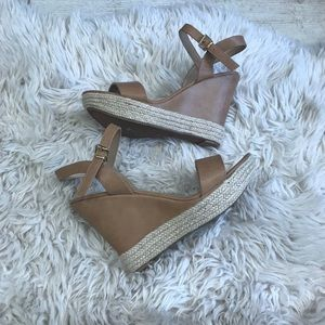 New tan wedges